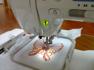 How to Use an Embroidery Machine?