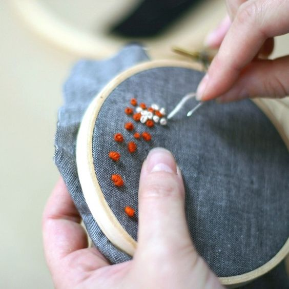 How to make a french knot?