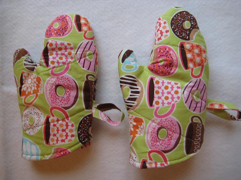 Sewing projects for kids #9 - Oven mitt