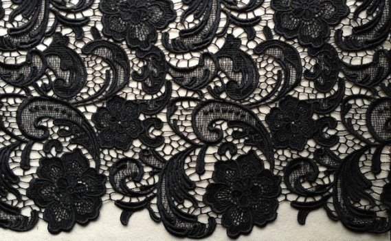 How to Sew Lace - Guipure Lace