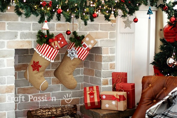 Burlap Decorating Ideas #13: Burlap Christmas Stockings