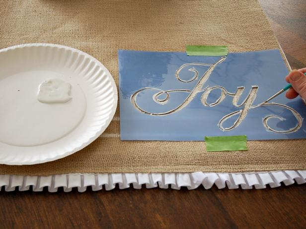Burlap Decorating Ideas #2: Painted Burlap Table Runner