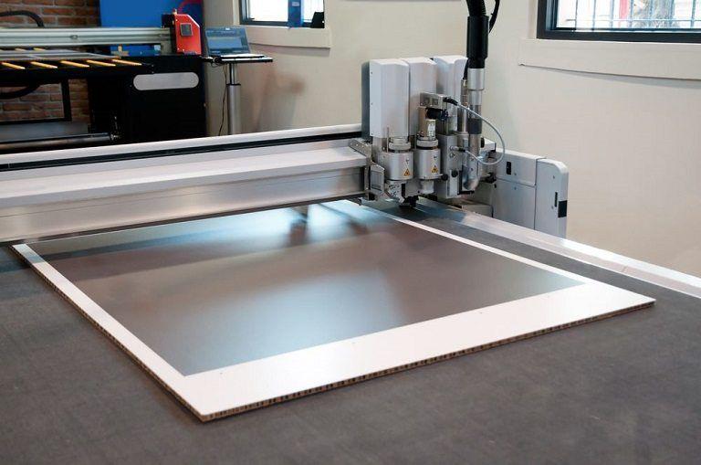 Flatbed vinyl cutter